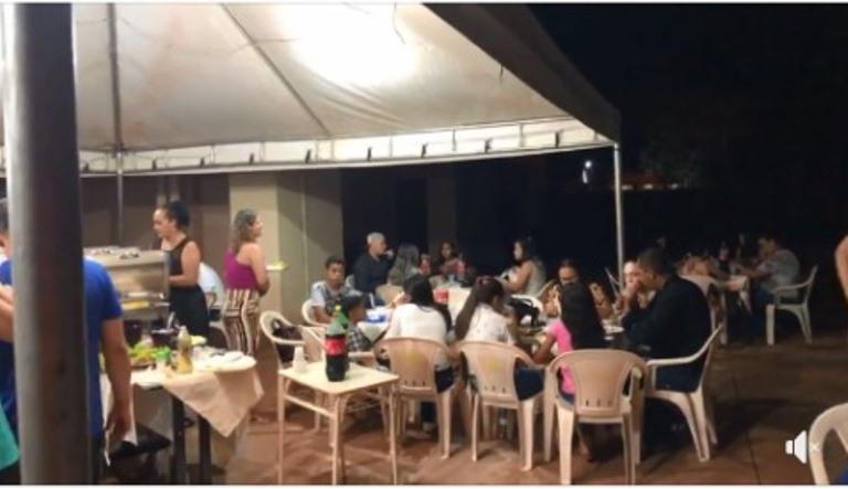 Critica a jantar de servidores do hospital municipal extrapola os limites do bom senso