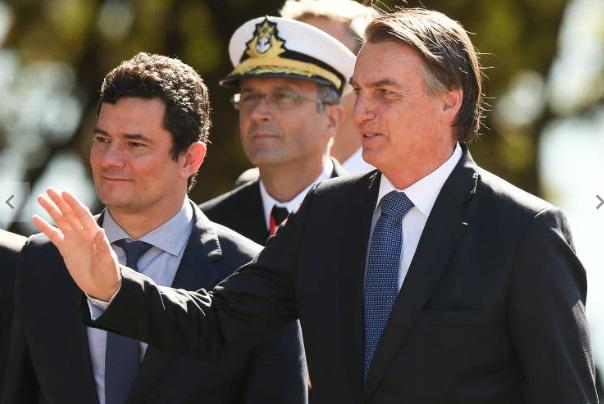 URGENTE: Moro pede demissão após troca na PF