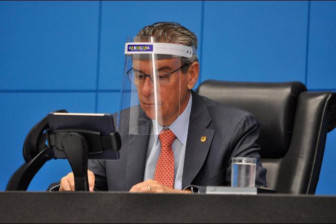 Presidente da Assembleia testa positivo para a Covid-19